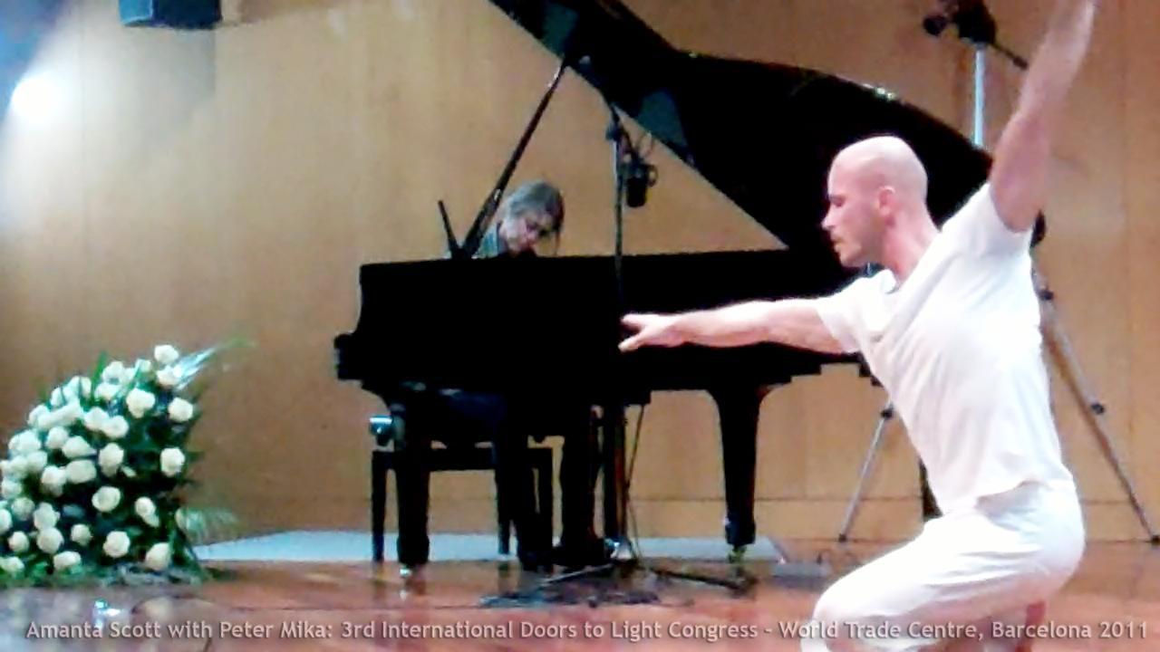 piano dance improv Barcelona.jpg