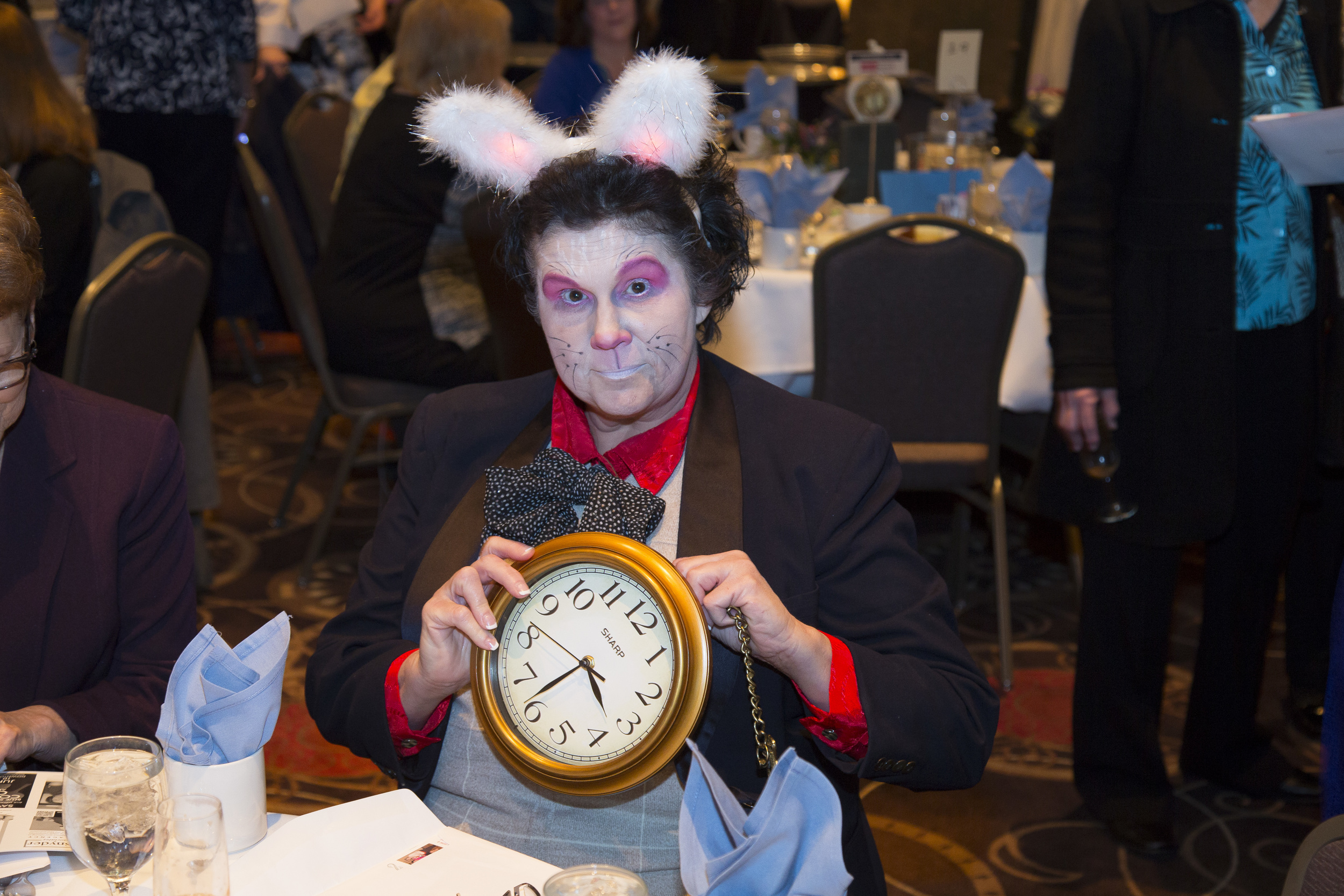 rabbit clock 22.JPG