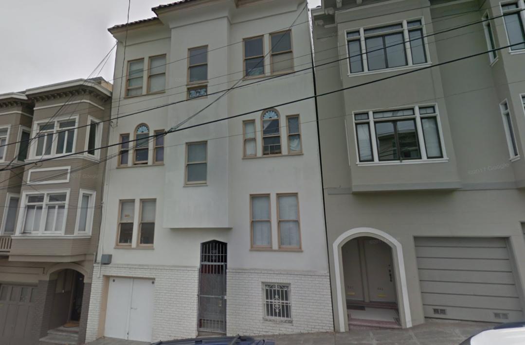 819 Lombard St -
