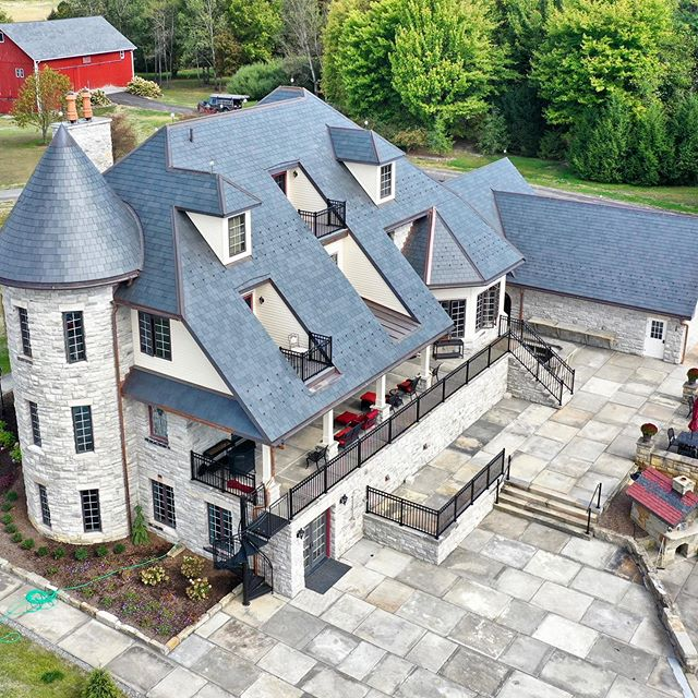 A beautiful property with a beautiful roof. Good work team! 👏 #northcountryslate #slate #slater #architecture #turrets #turret #copper #copperroofing #slateroofing #roofing #roof #rooftop #roofs #steeproofs #standingseam #standingseamroofing #builttolast #lifetime #architect #slatemasters #contracting #roofingcontractor #pittsburgh