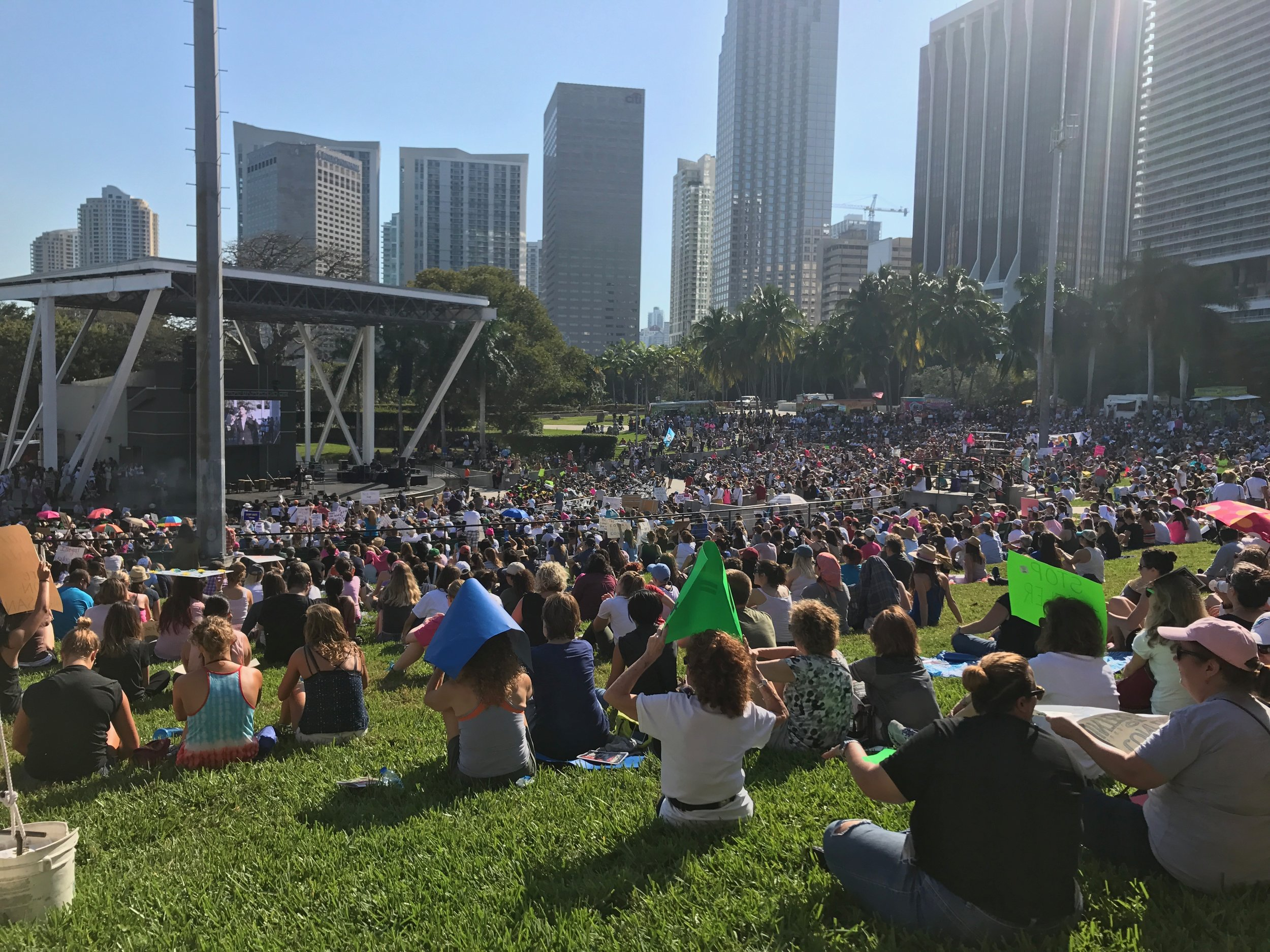 Bayfront Park Amphitheater in downtown Miami- 10,000 attendees