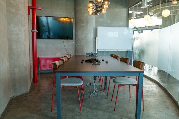 meetingroom-pic.jpg