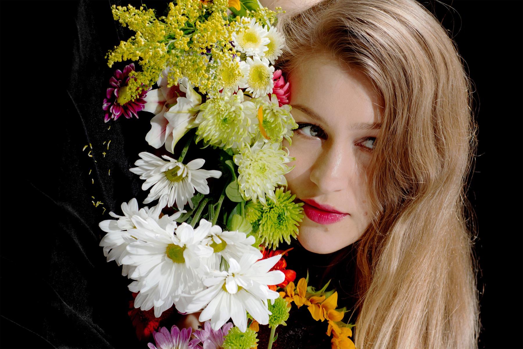 Joanna Newsom   Photo Direction  Photographer: Brian Vu  For the FADER 2015