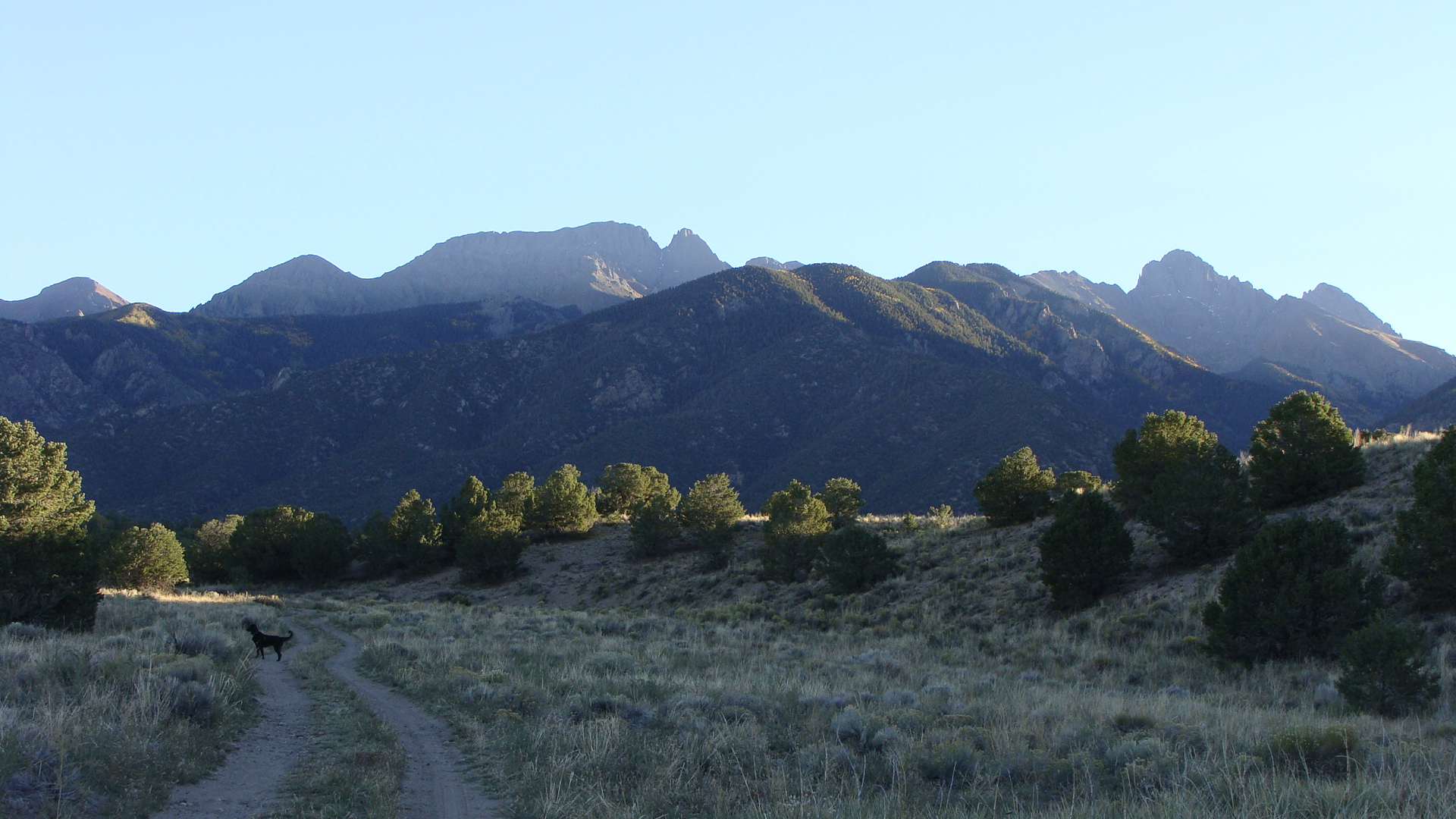 crestone mountains