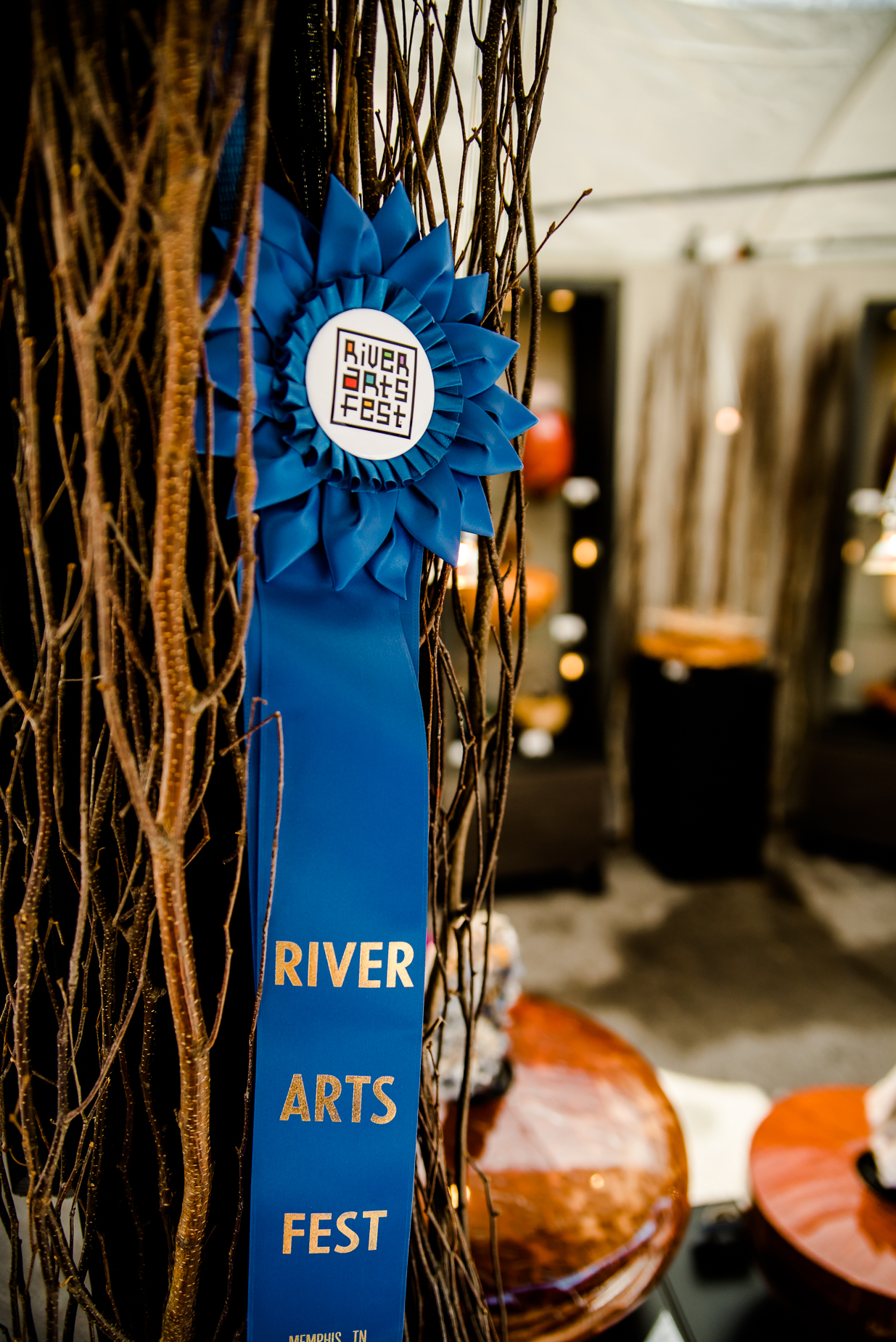 In 2016, RiverArtsFest was named one of   The Best Festivals & Fairs in Tennessee   by  Travel Magazine.