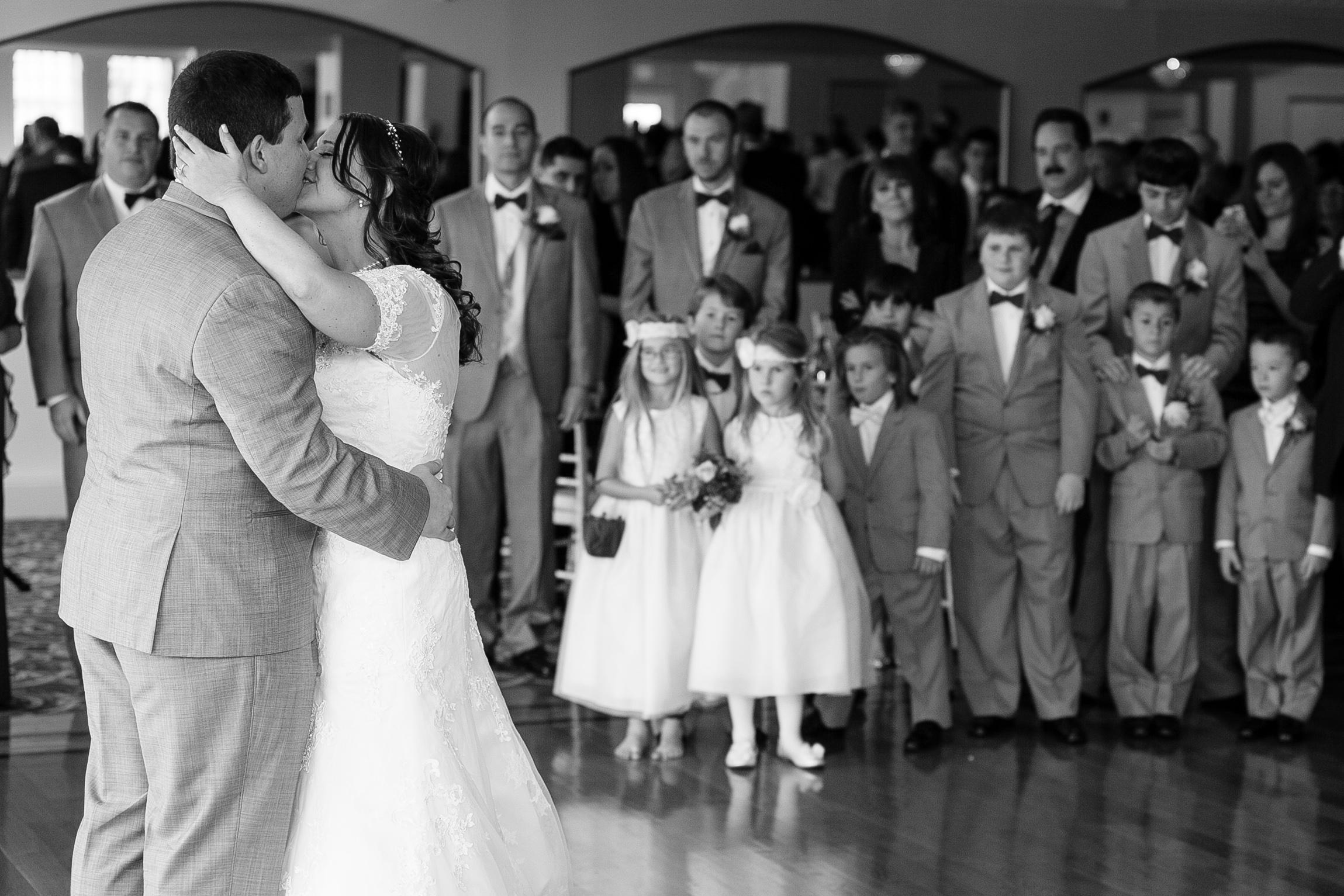 Connecticut-Fall-Wedding-Candlewood-Inn-CT-Documentary-Wedding-Photographer-Jacek-Dolata-111-11.jpg