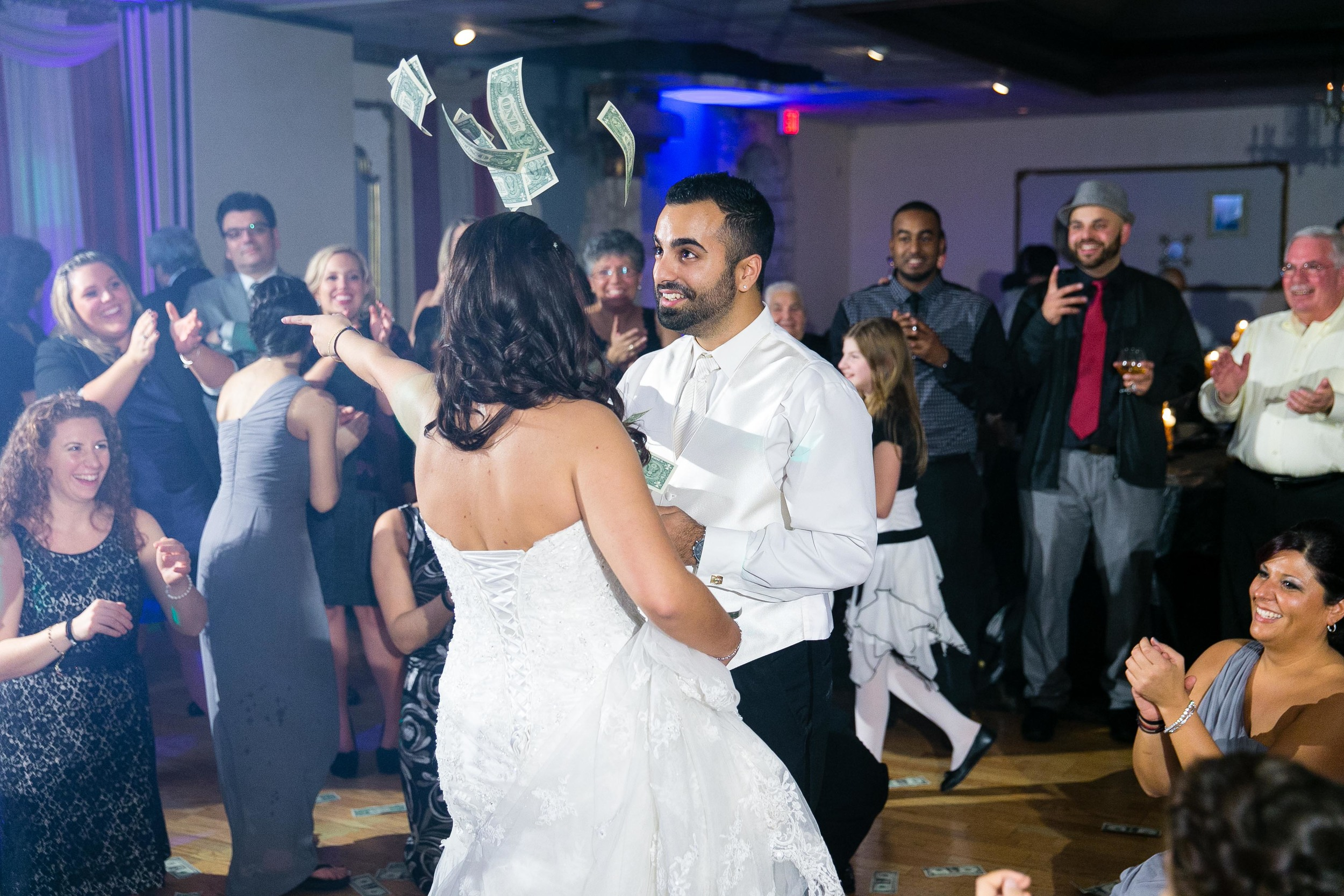 Greek-Wedding-Hartford-La-Notte-Restaurant-Connecticut-Documentary-Wedding-Photography-by-Jacek-Dolata-24.jpg