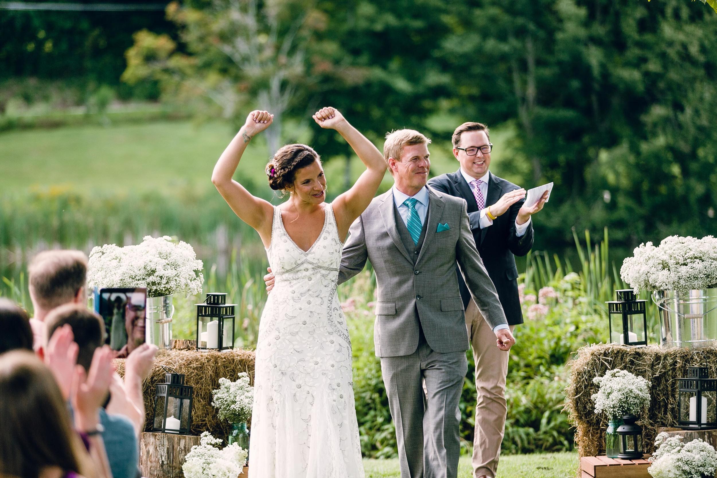 Rustic-Country-Style-Wedding-Connecticut-Farm-Photojornalistic-Wedding-Photography-by-Jacek-Dolata-10.jpg