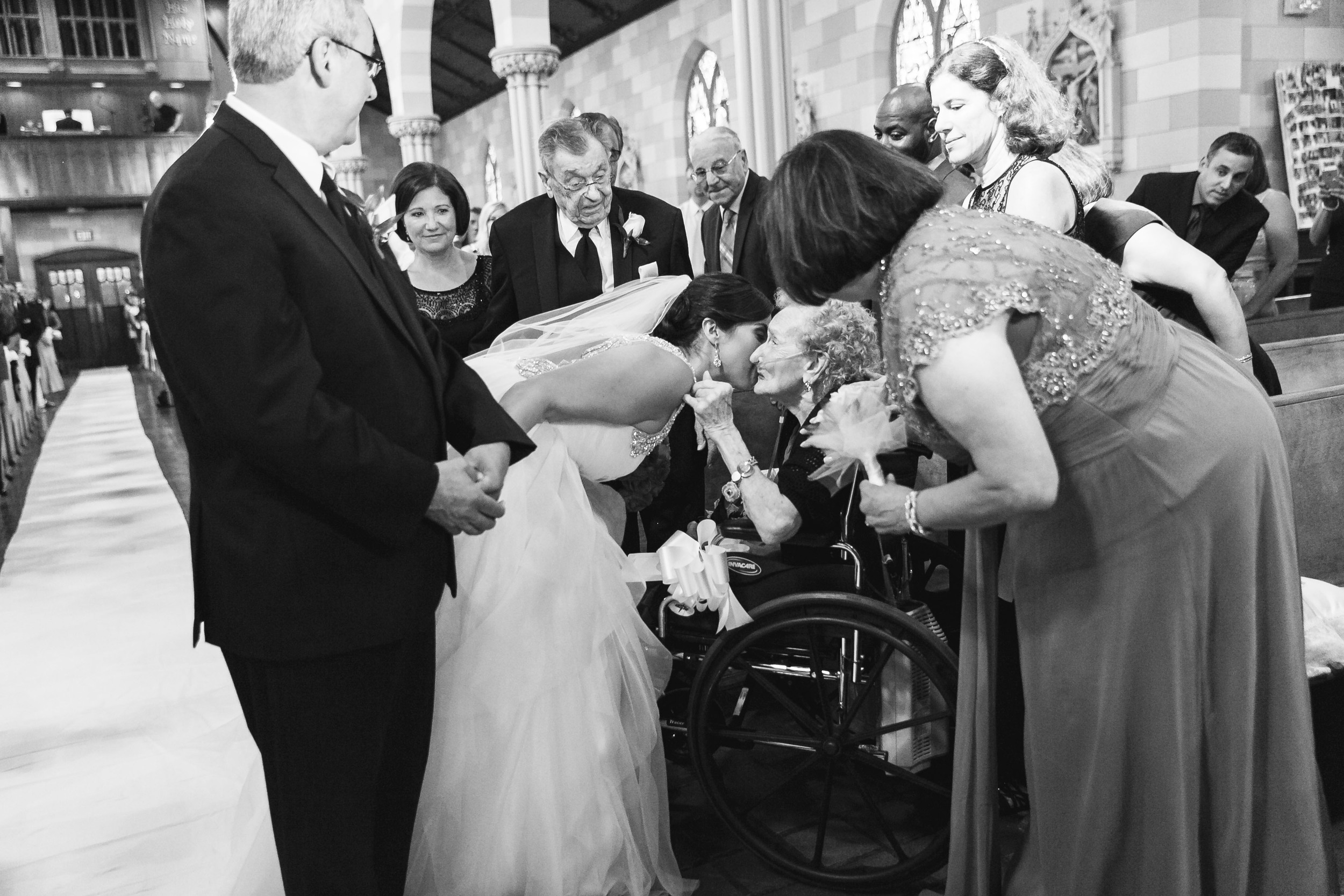 Summer-American-Wedding-Anthonys-Ocean-View-New-Haven-Documentary-Wedding-Photographer-Jacek-Dolata-6.jpg