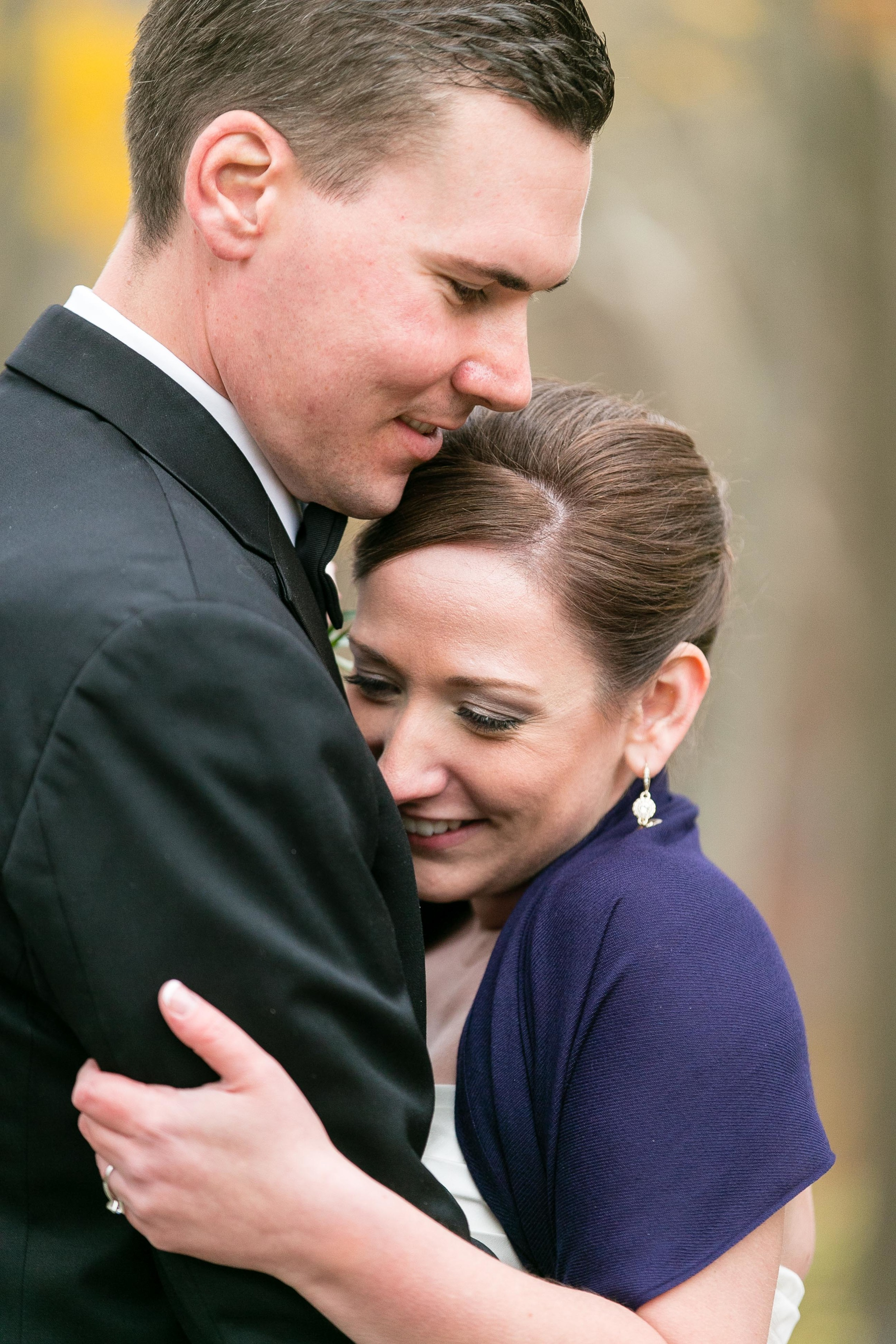 American-Romantic-Wedding-Riverview-Simsbury-Documentary-Photography-by-Jacek-Dolata-3.jpg