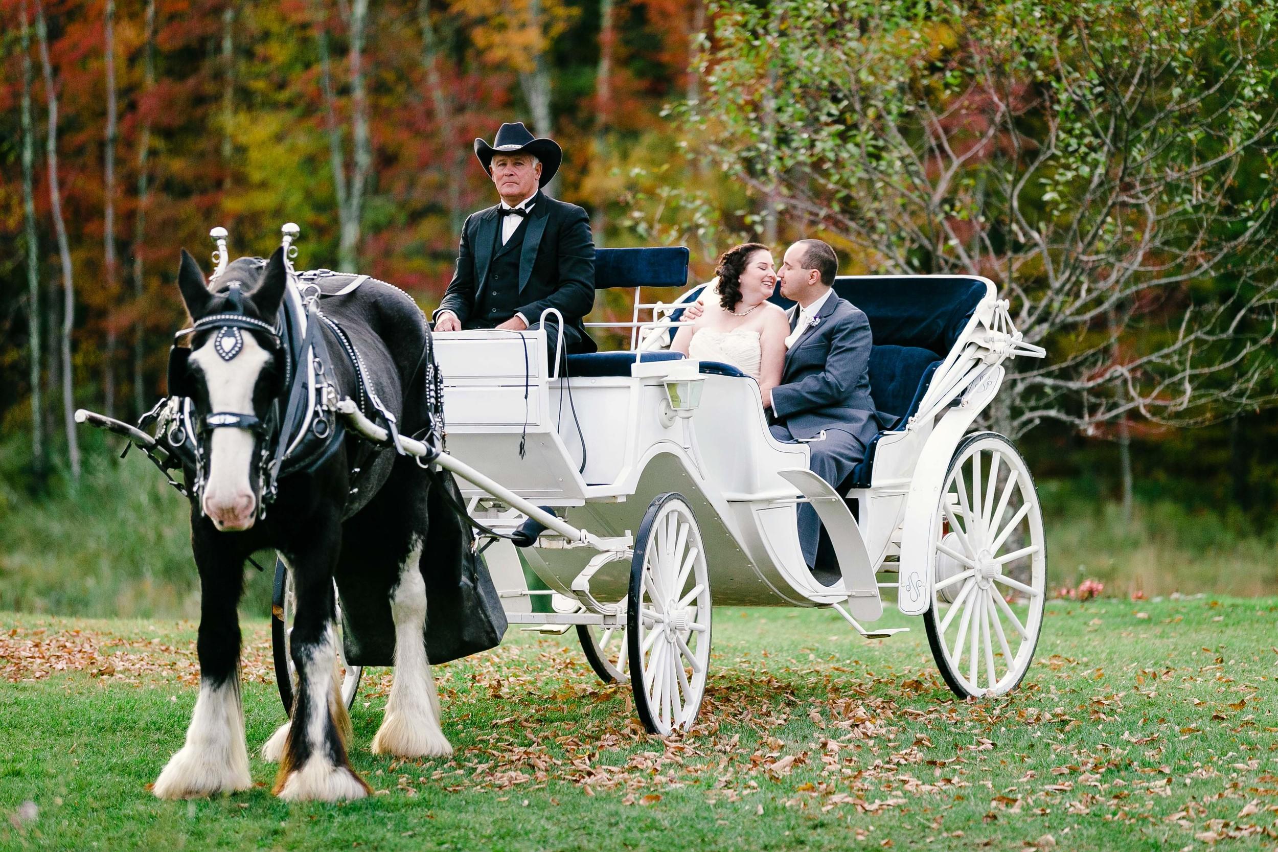 Beautifull-New-England-Fall-Wedding-Wood-Acress-Connecticut-Jacek-Dolata-Photography-8.jpg