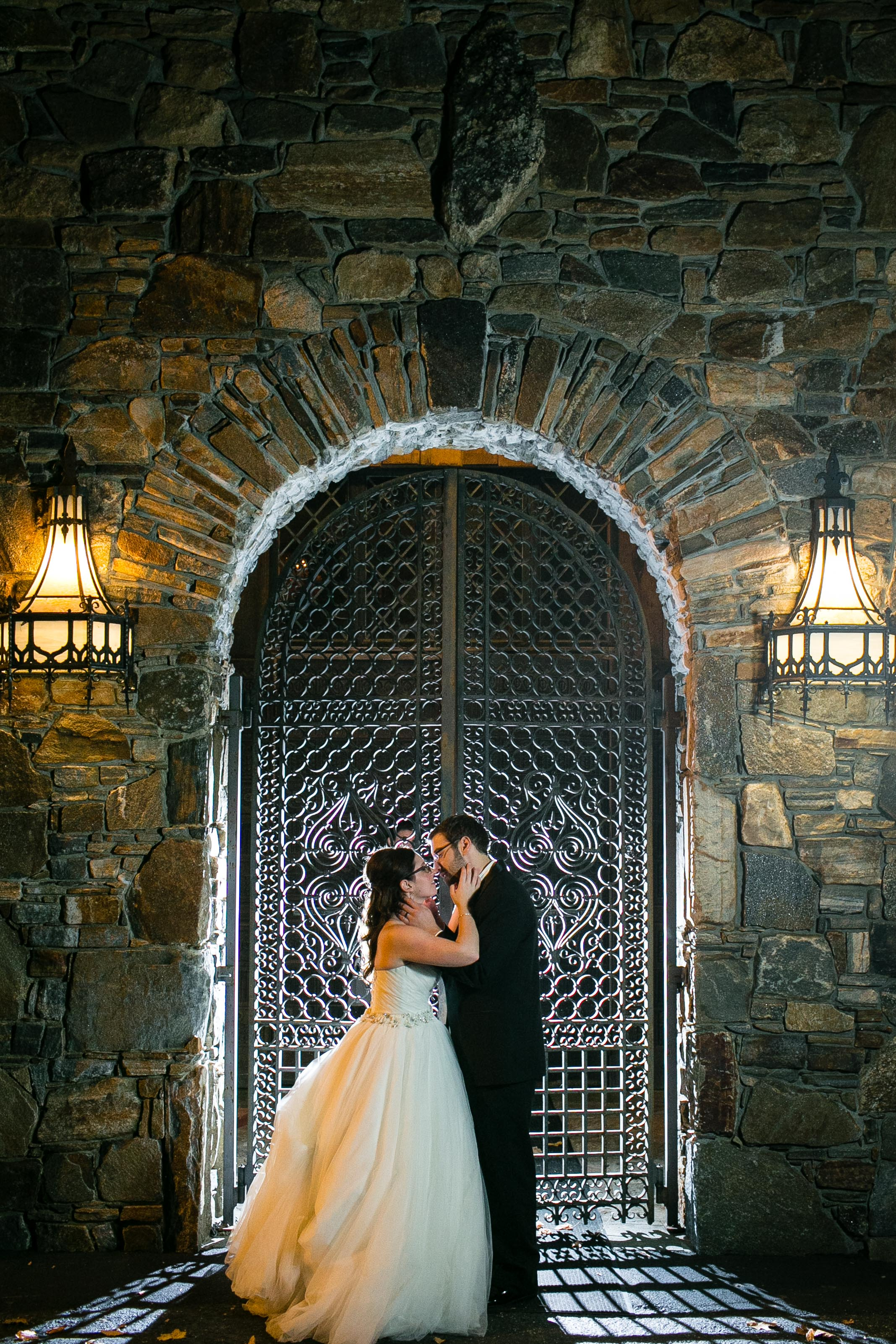 Creative-Wedding-Photography-Bill-Millers-Castle-Connecticut-Jacek-Dolata-Photography-2.jpg