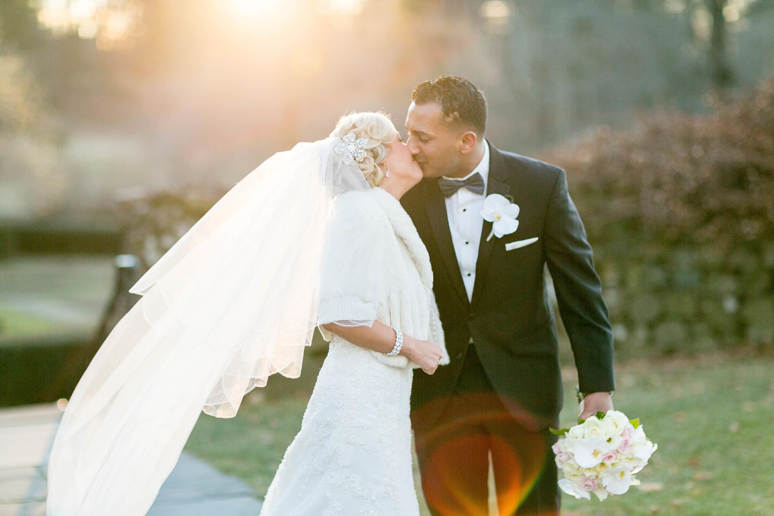 NYE-Hill-Stead-Museum-Farmington-Connecticut-Wedding-Jacek-Dolata-Photography-11.jpg