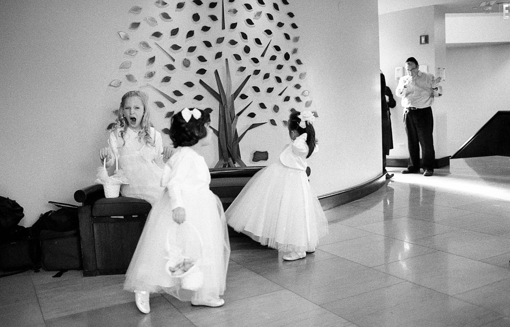 New-York-City-Hasidic-Jewish-Wedding-Manhattan-Beach-NYC-Photojournalistic-Wedding-Photography-Jacek-Dolata-35mm-medium-format-film-18.jpg