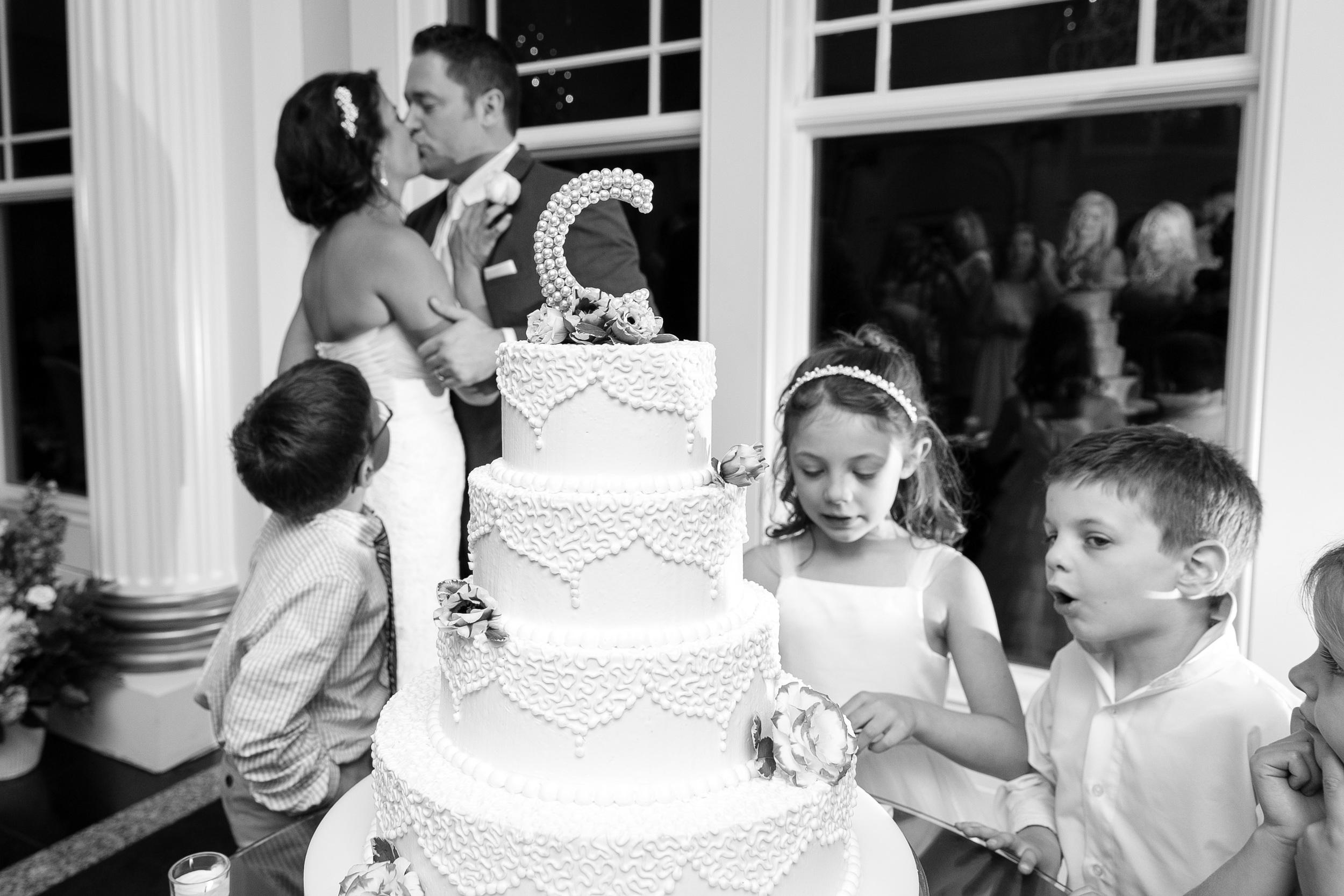 Riverview-Wedding-Simsbury-Connecticut-Documentary-Photography-by-Jacek-Dolata-5.jpg
