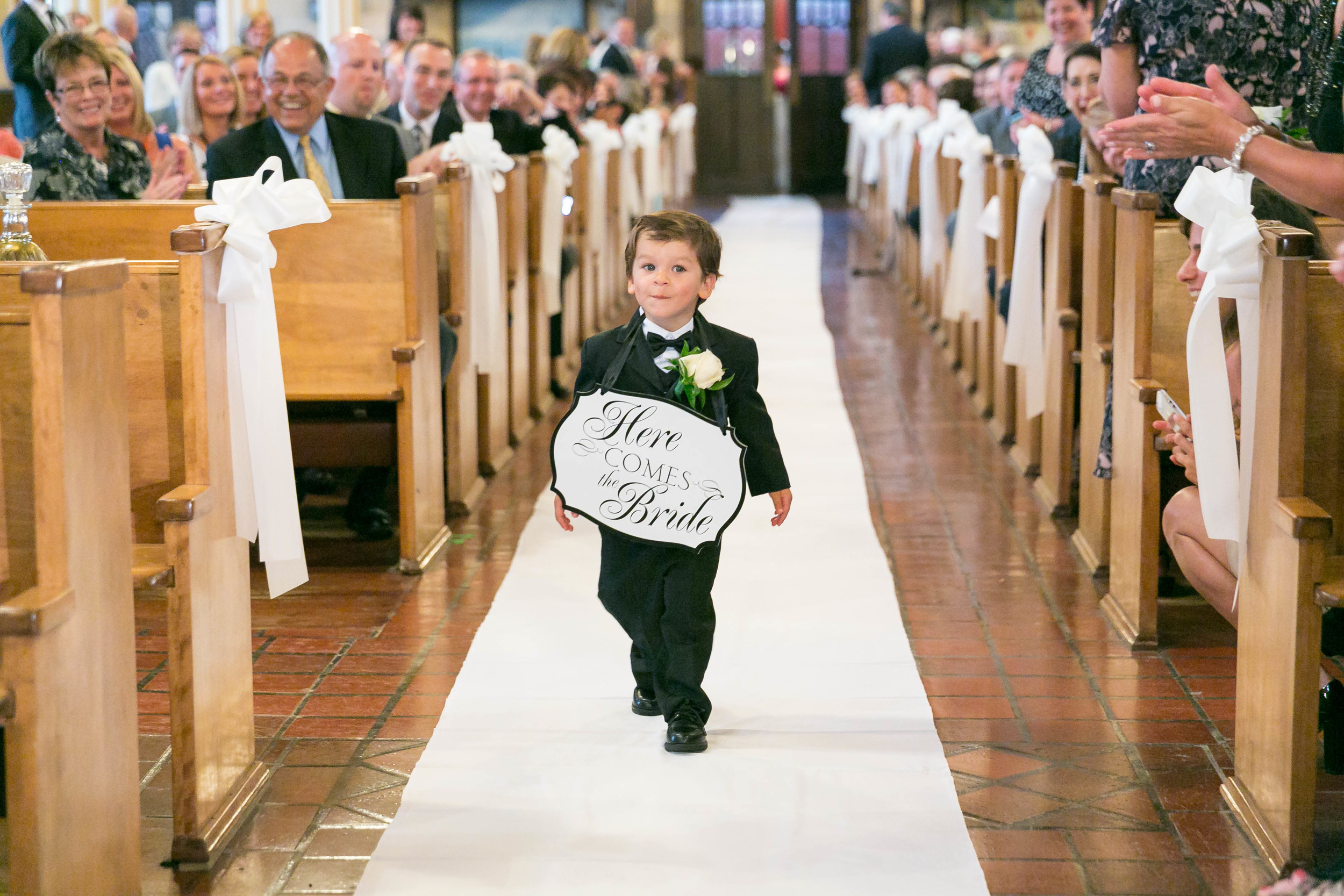 Summer-American-Wedding-Anthonys-Ocean-View-New-Haven-Documentary-Wedding-Photographer-Jacek-Dolata-4.jpg