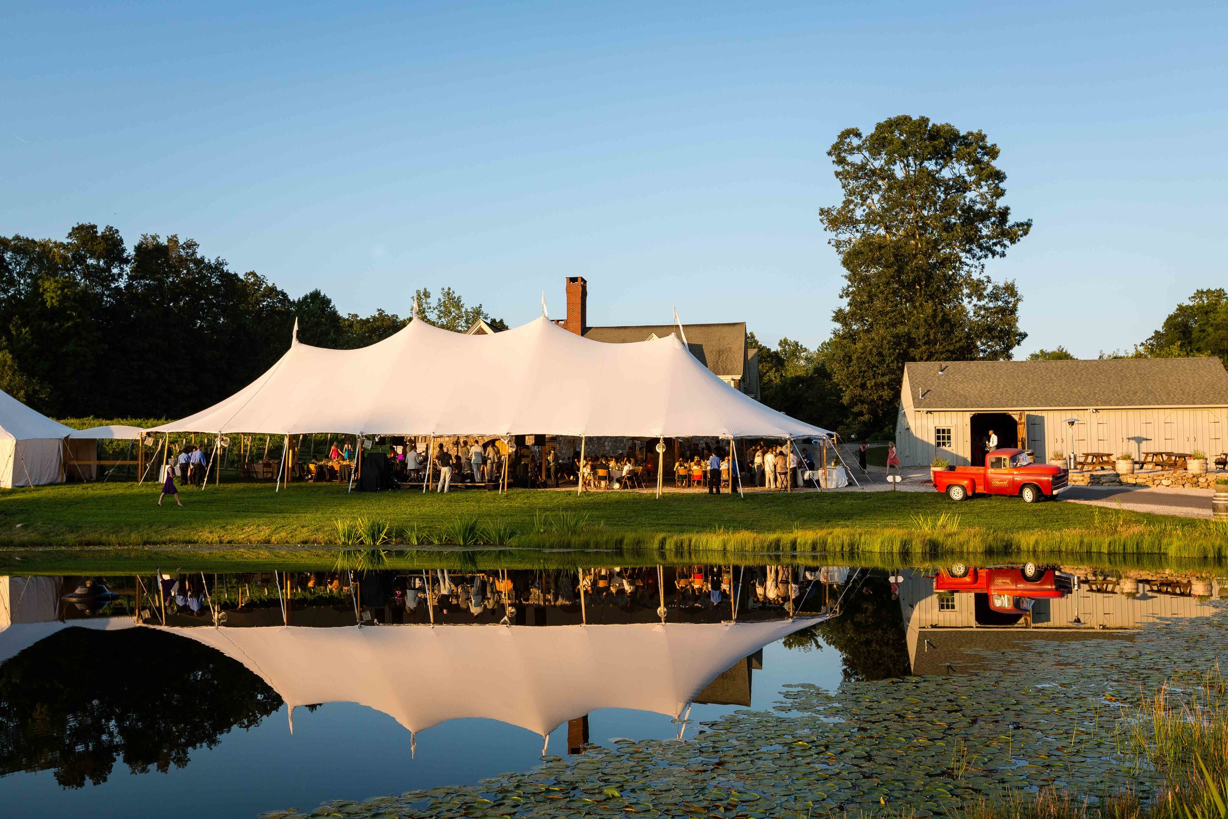 Chamard-Vineyards-Romantic-Wedding-Connecticut-Photojournalistic-Photography-Jacek-Dolata-12.jpg