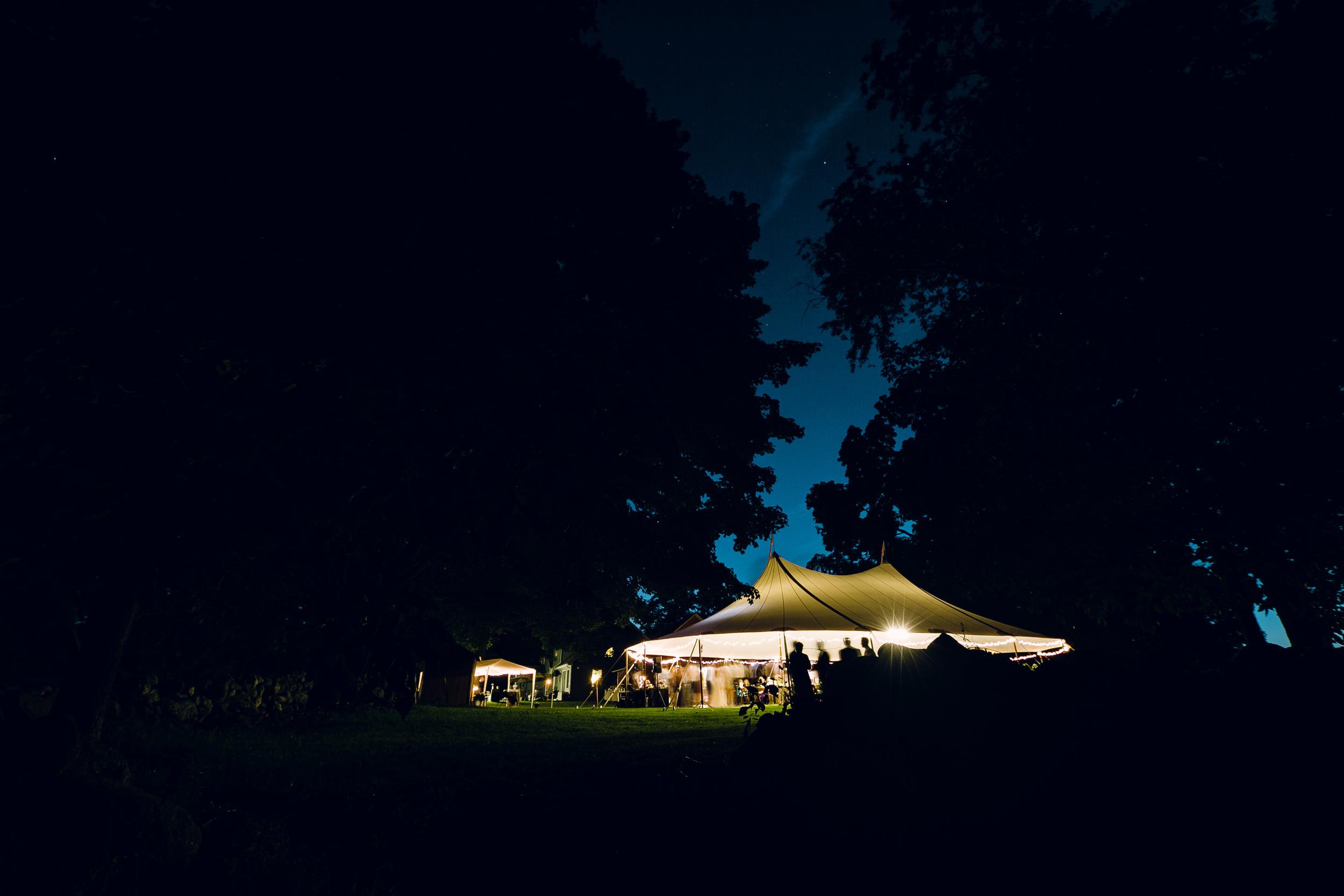 Rustic-Country-Style-Wedding-Connecticut-Farm-Photojornalistic-Wedding-Photography-by-Jacek-Dolata-15.jpg