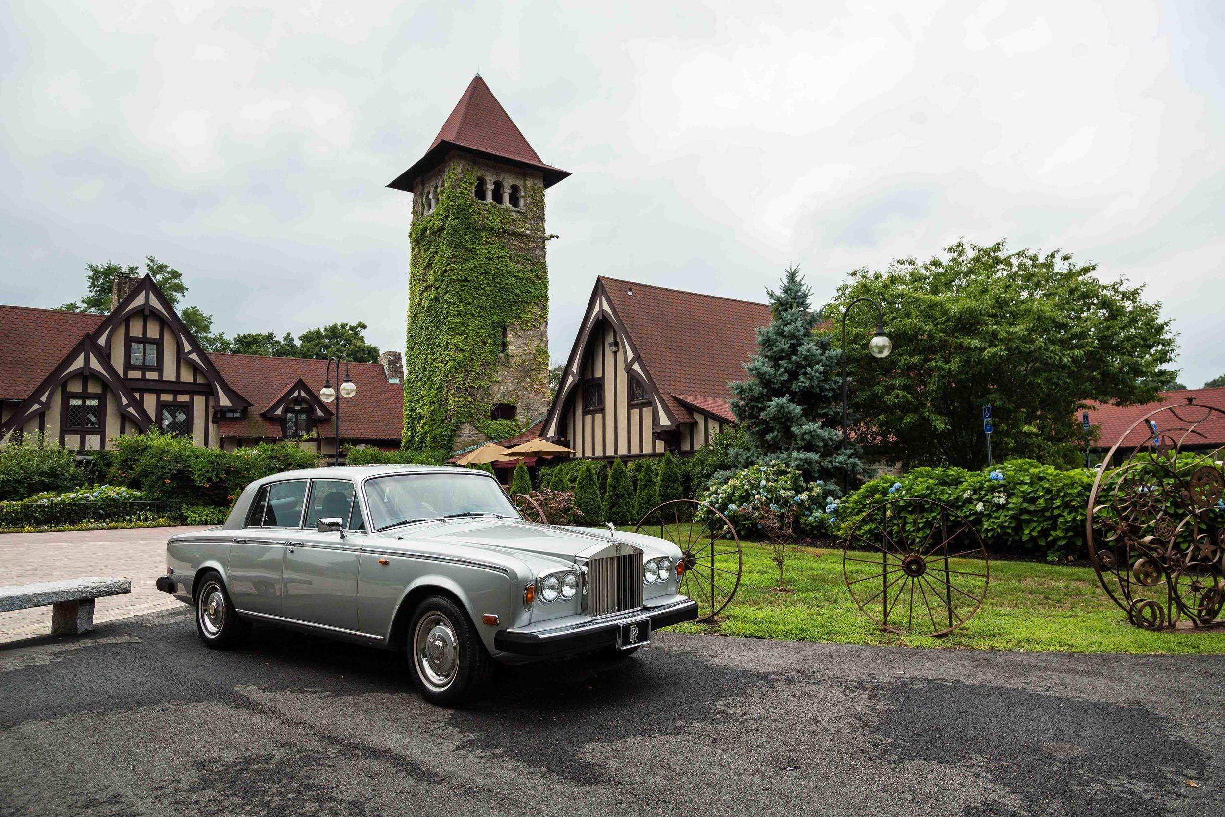 Saint-Clements-Castle-Romantic-Wedding-Connecticut-Photojournalistic-Photography-Jacek-Dolata-2.jpg