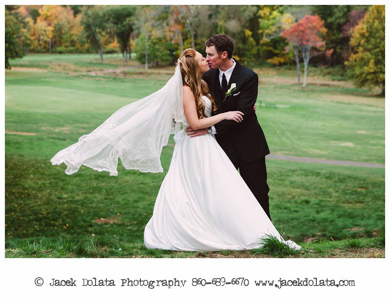 Connecticut-Fall-Wedding-Shuttle-Meadow-Country-Club-New-Britain-CT-Jacek-Dolata (14 of 23).jpg