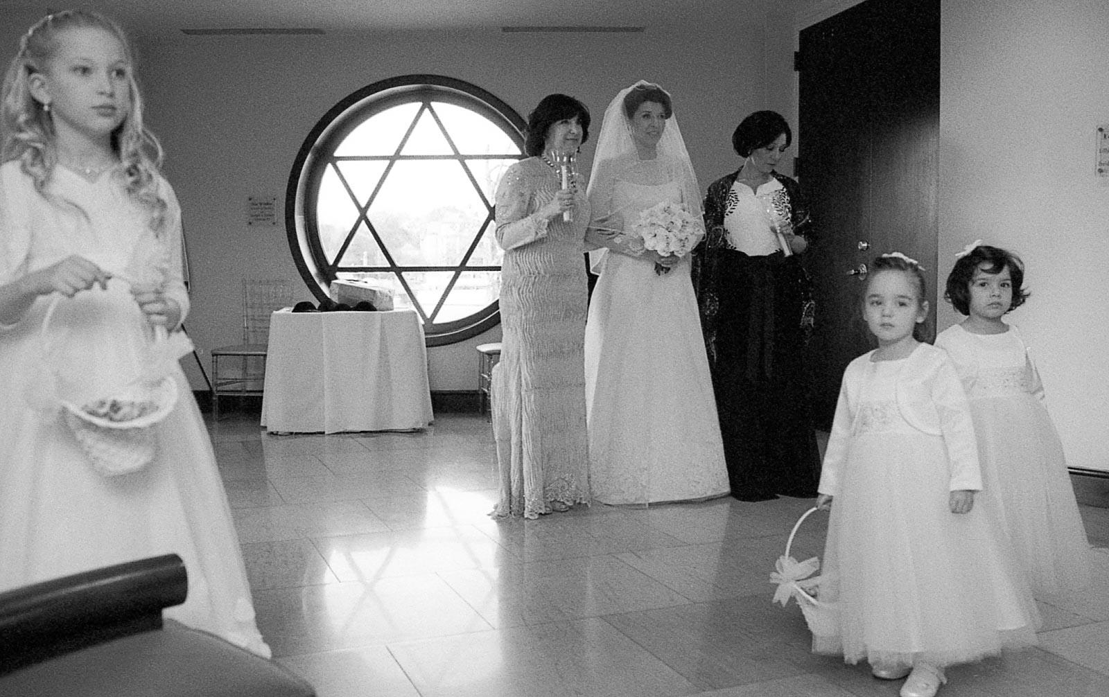 NYC-Hasidic-Jewish-Wedding-Jacek-Dolata-2.jpg