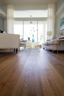 Naturally AgedHardwood Flooring - FEATURING DISCOUNTS ON THE ENTIREMEDALLION COLLECTION!