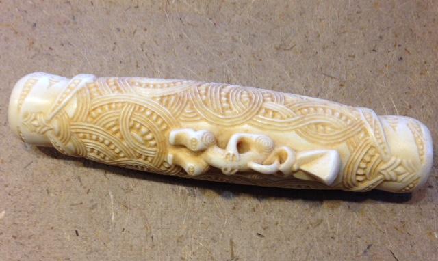 Koauau. Flute. Bone. By Yuri Terenyi.