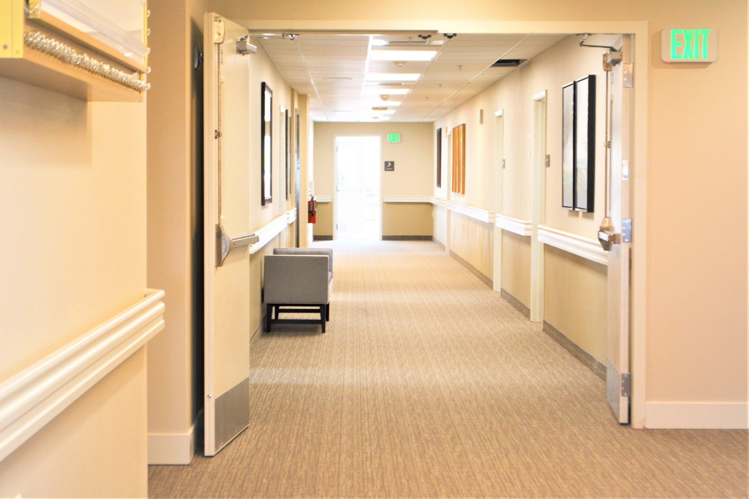 corridor finishes and doors.JPG