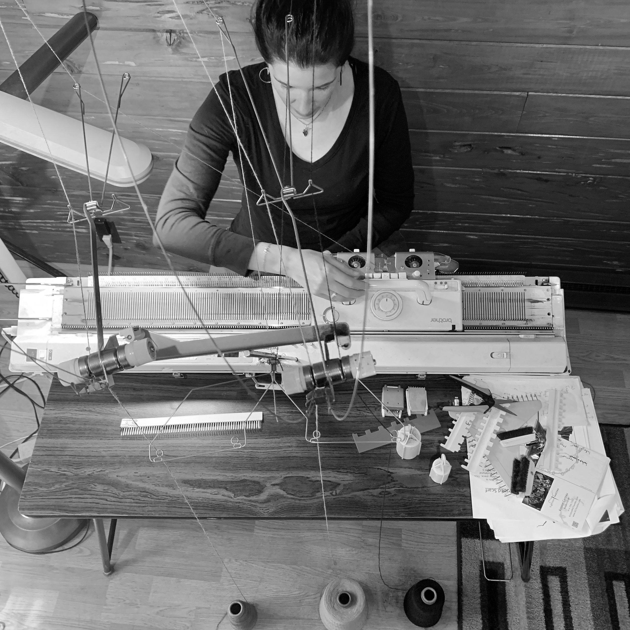 MeKnitting.jpg