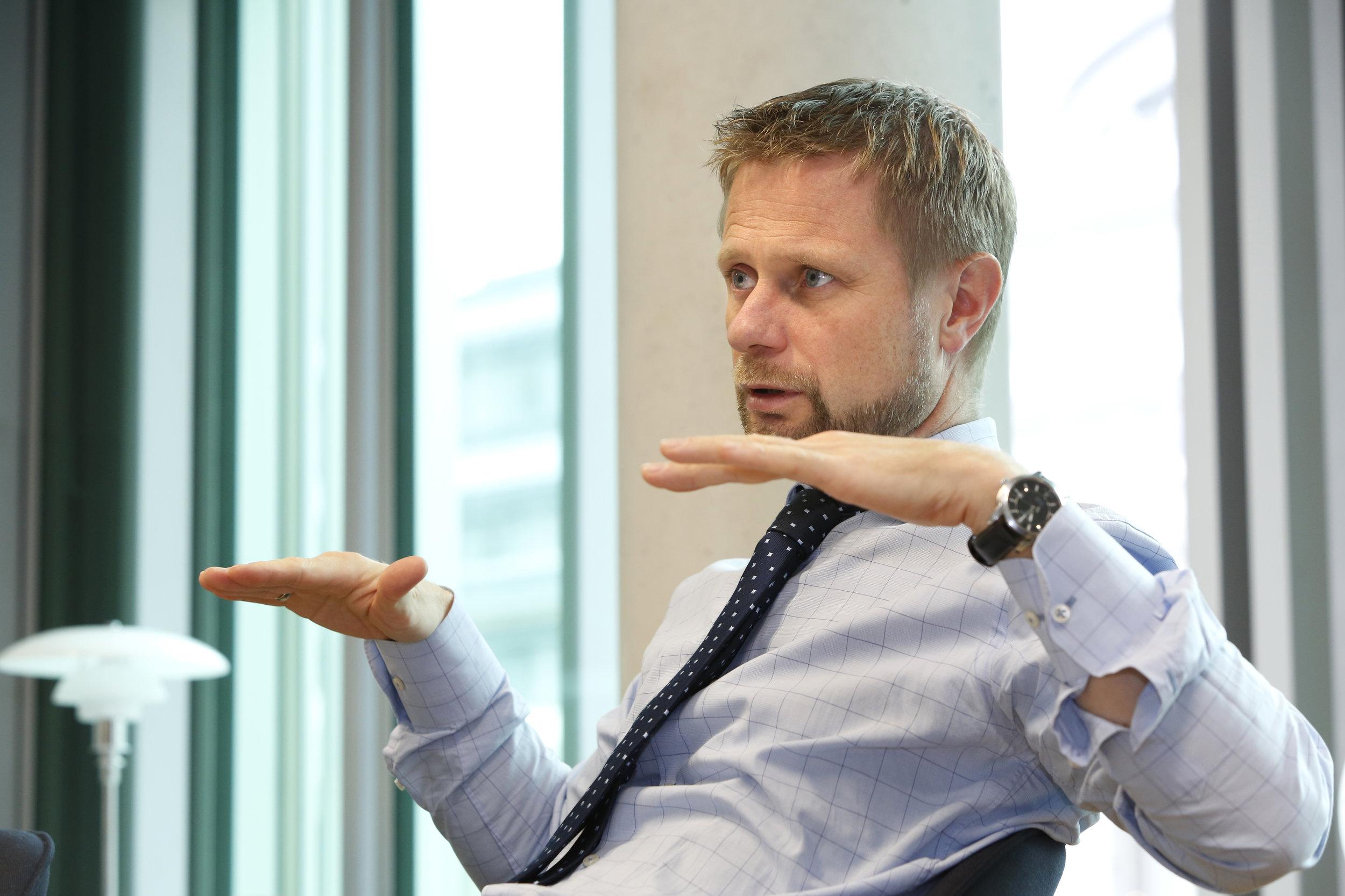 Det er Helse- og omsorgsdepartementet som har lagt fram forslaget om kutt. Her ved helseminister Bent Høie (H).FOTO: NordForsk/Terje Heiestad.