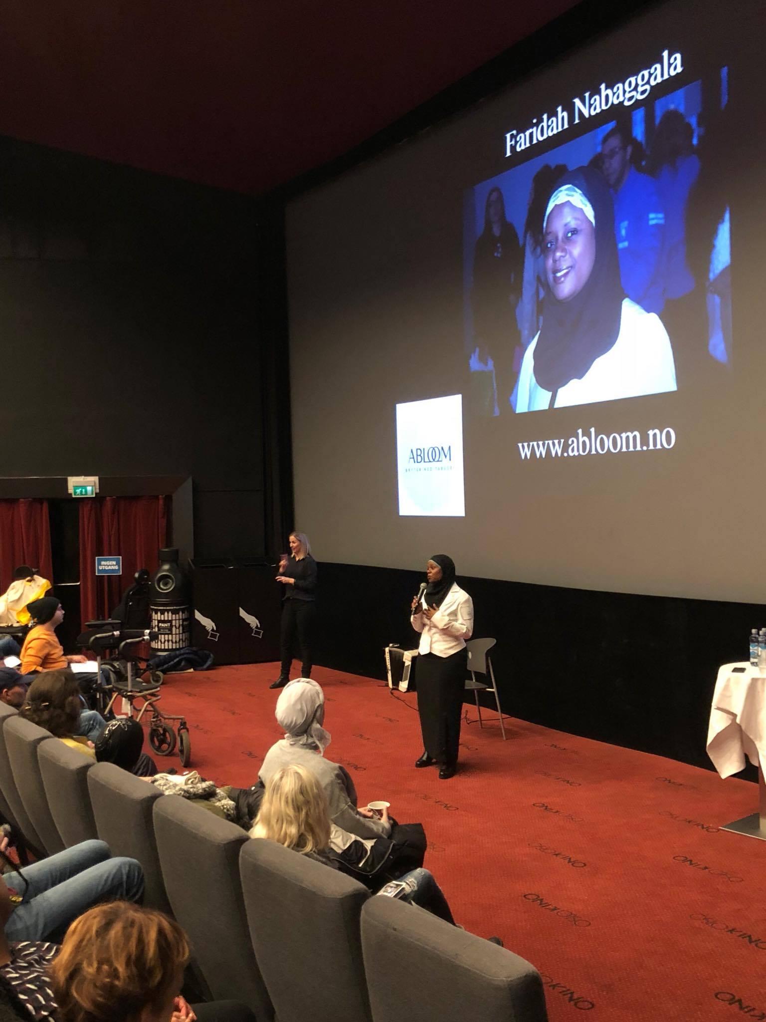 Fortalte Ablooms historie: Faridah Nabaggala inspirerte publikum når hun fortalte om historien bak Ablooms fødsel.