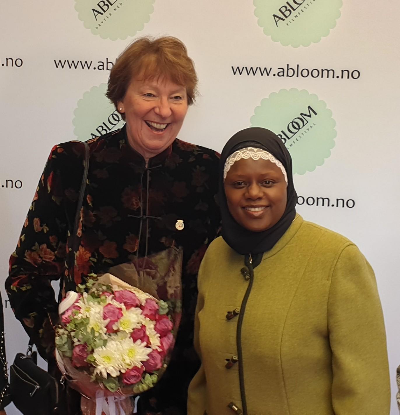 Ordfører Marianne Borgen (SV) og Ablooms Faridah S. Nabaggala har begge et stort engasjement for menensker som lett blir glemt eller faller utenfor.
