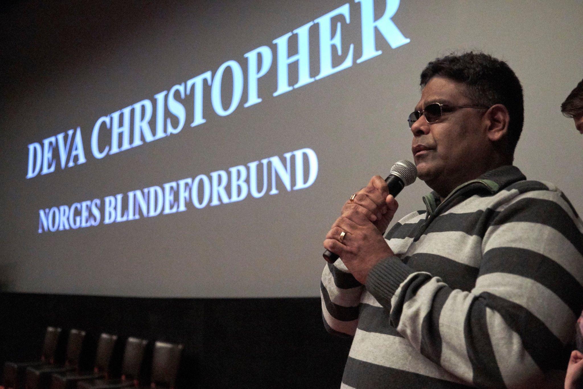 Deva Christopher fortalte om sine opplevelser og hva mi gjøre for å få et mer universelt utformet samfunn. Han delte verdifulle egne erfaringer for å illustrere behovet for økt fokus på kurs og kompetanse.
