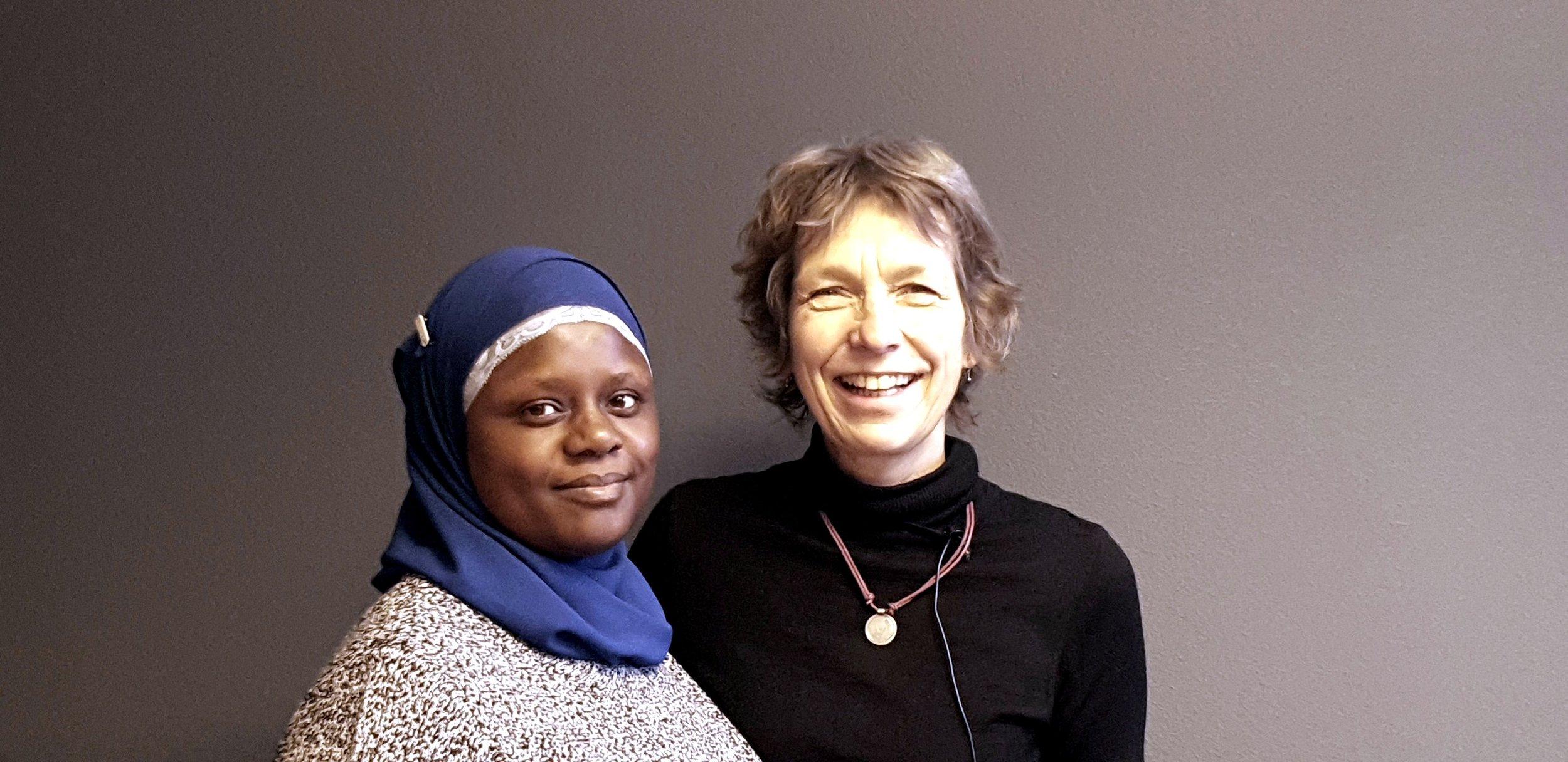SAMMEN MOT TABUER: Abloom-leder Faridah S. Nabaggala og forsker Berit Berg ved NTNU. Foto: Bjørn Lecomte