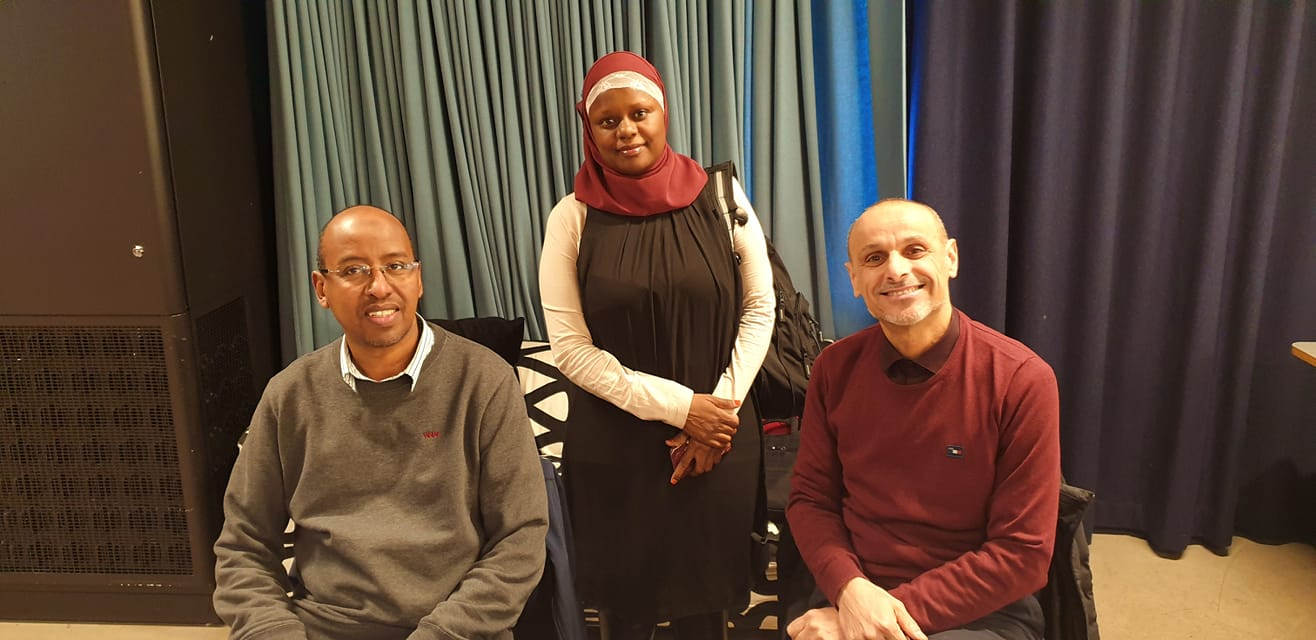 Hakim Ismail (forstander i Tawfiiq Islamsk Senter, Abloom-leder Faridah og Djamel Selhia (daglig leder Det Islamske Forbundet - Rabita-moskee).