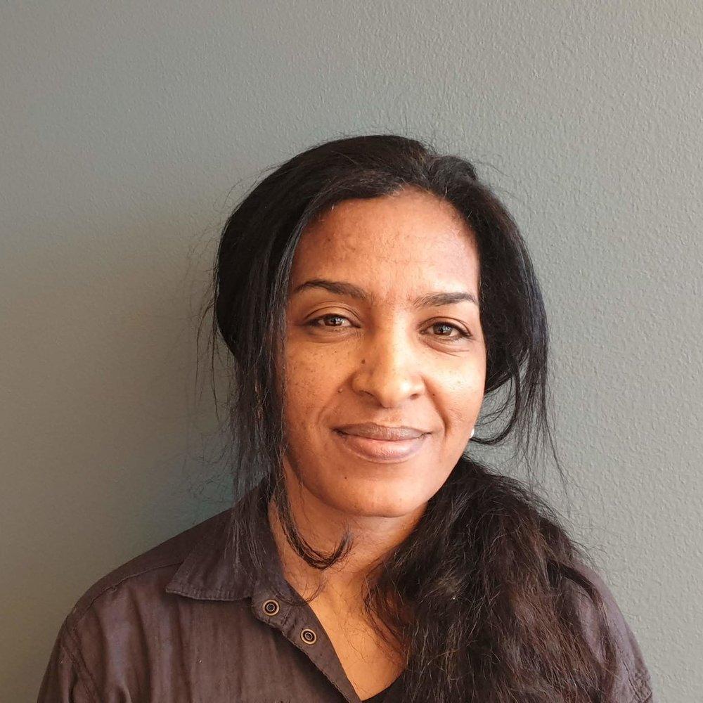 Mahta Bereke er elev ved VG2 helseservice på Ullern videregående skole. Hun tar både program- og fellesfag.