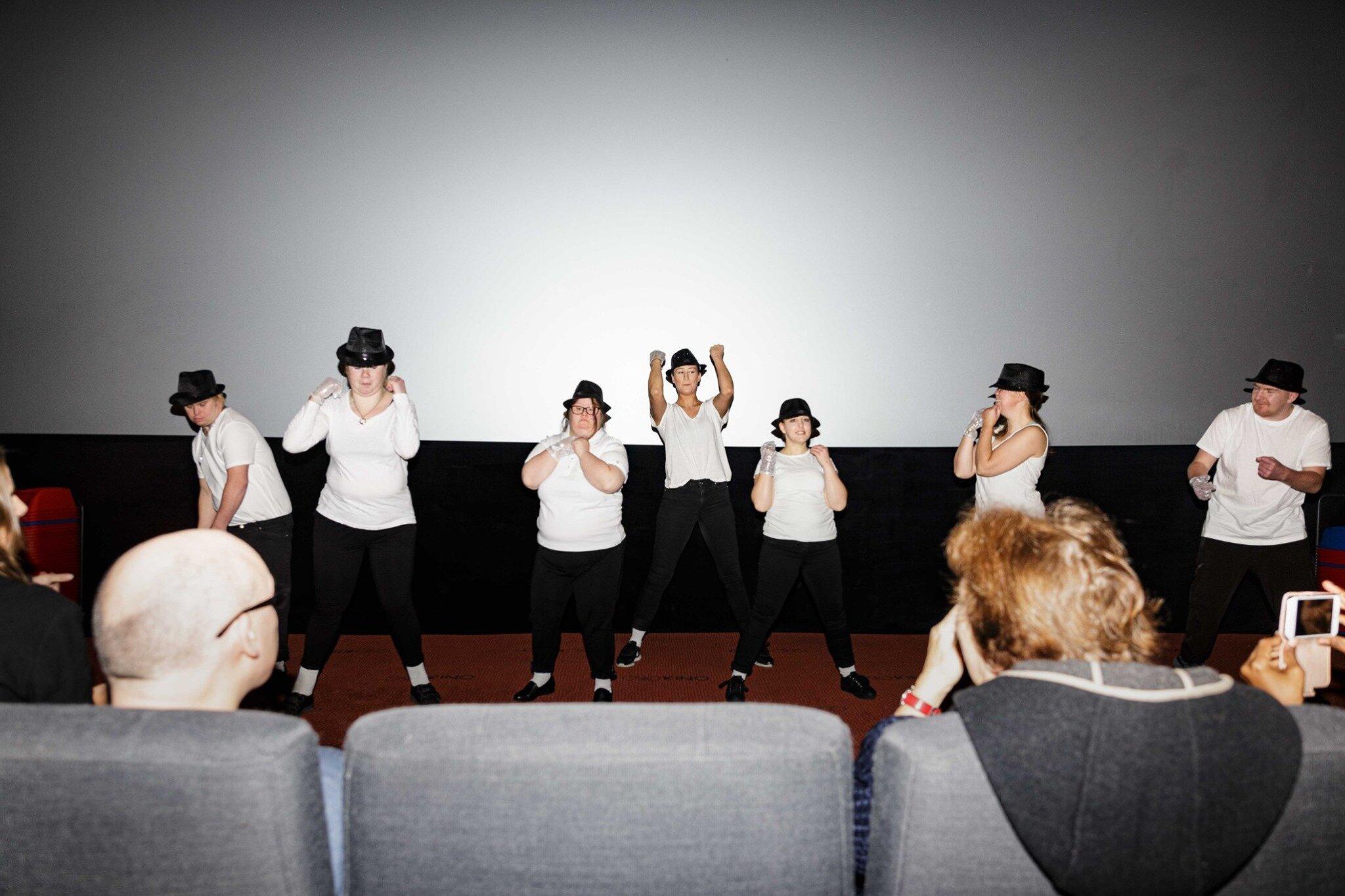 Danseløvene opptrer under fagkonferansen. Foto: Alf Andreas Grønli Simensen.