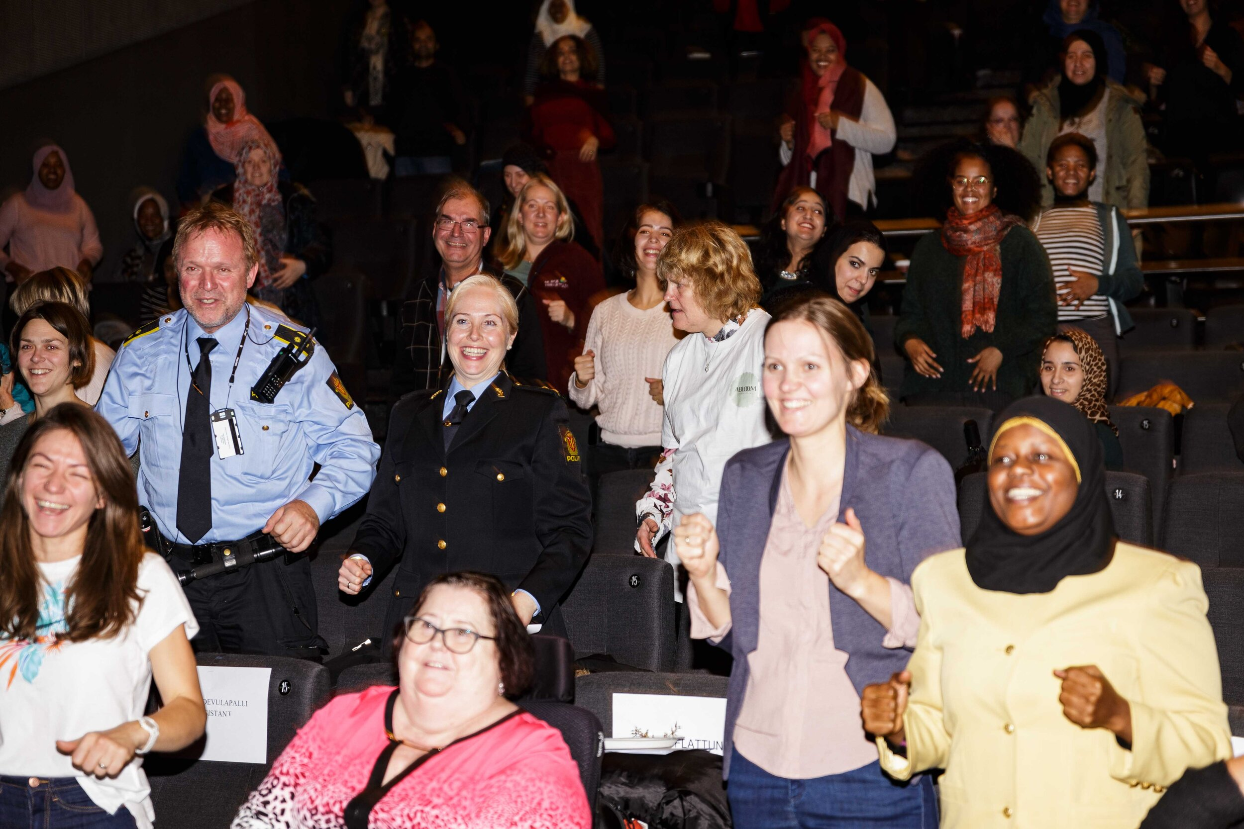 Abloom filmfestival - Med film, debatt, seminarer og andre arrangementer fortsetter Abloom Filmfestival å sette funksjonshemmede på dagsorden - uansett bakgrunn.Meld deg på årets filmfestival ved å klikke her.
