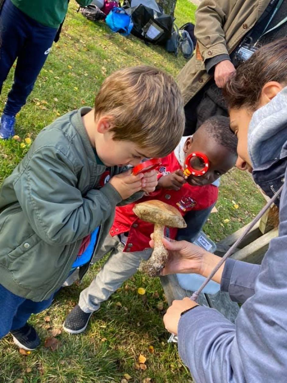 Barna under Ablooms deltakelse i «Friluftslivets uke» på Sognsvann.