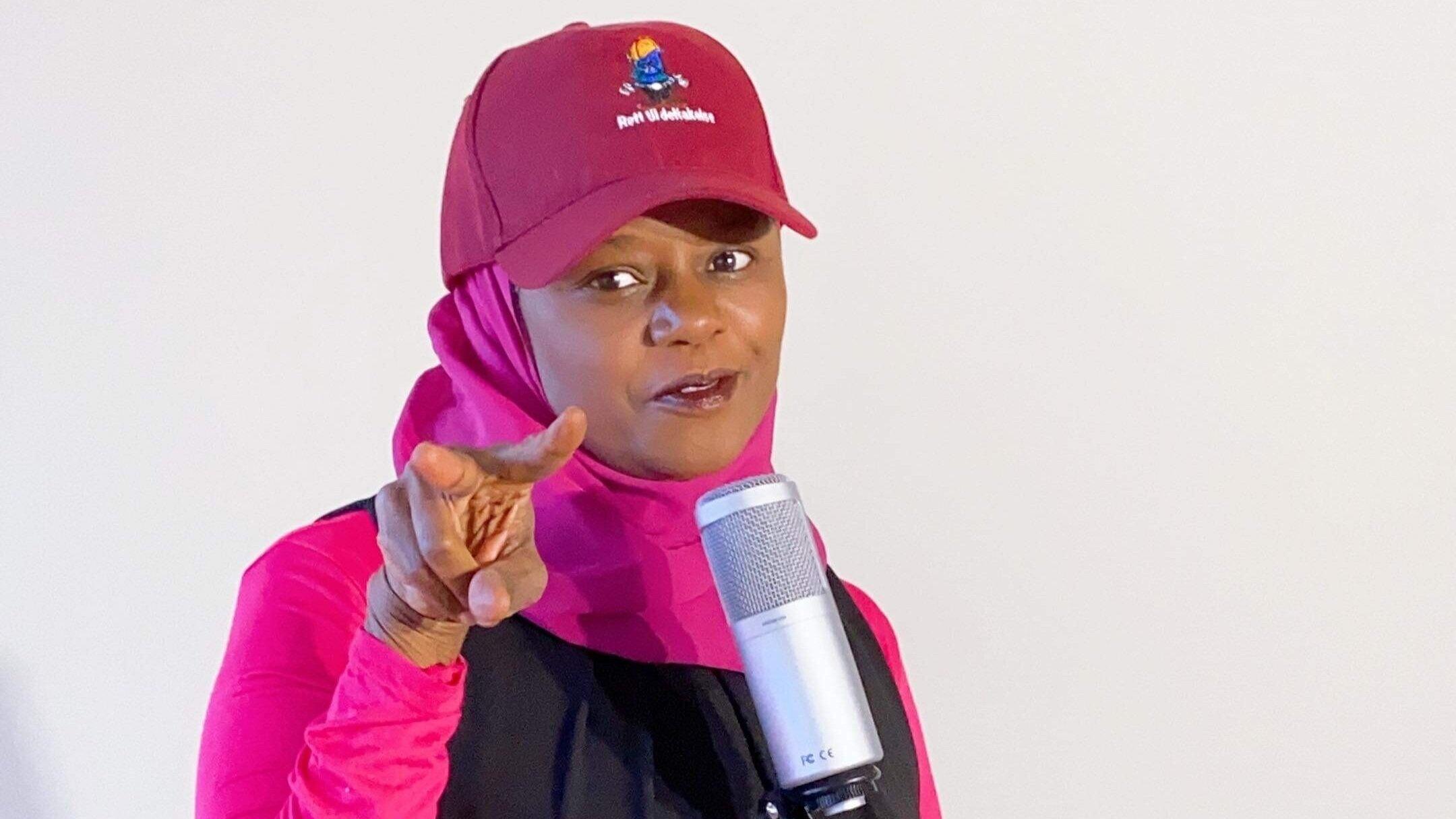 Multitalentet Faridah Nabaggala slipper sine første to låter som sanger. Dette blir moro!