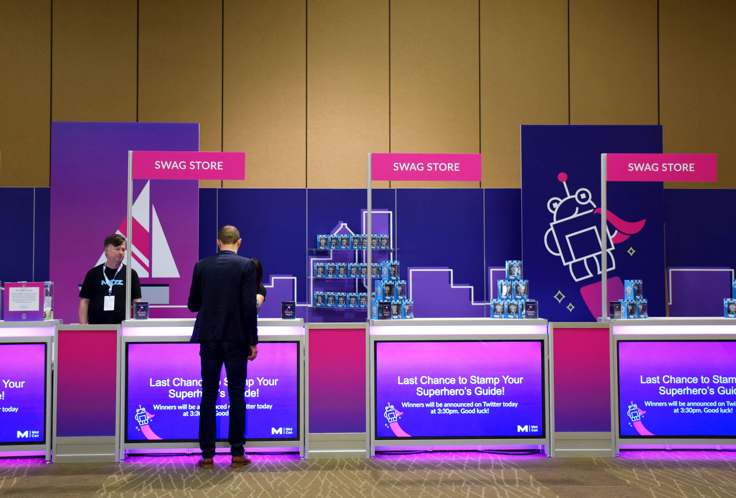 MozCon 2018 registration booth. Click to enlarge.