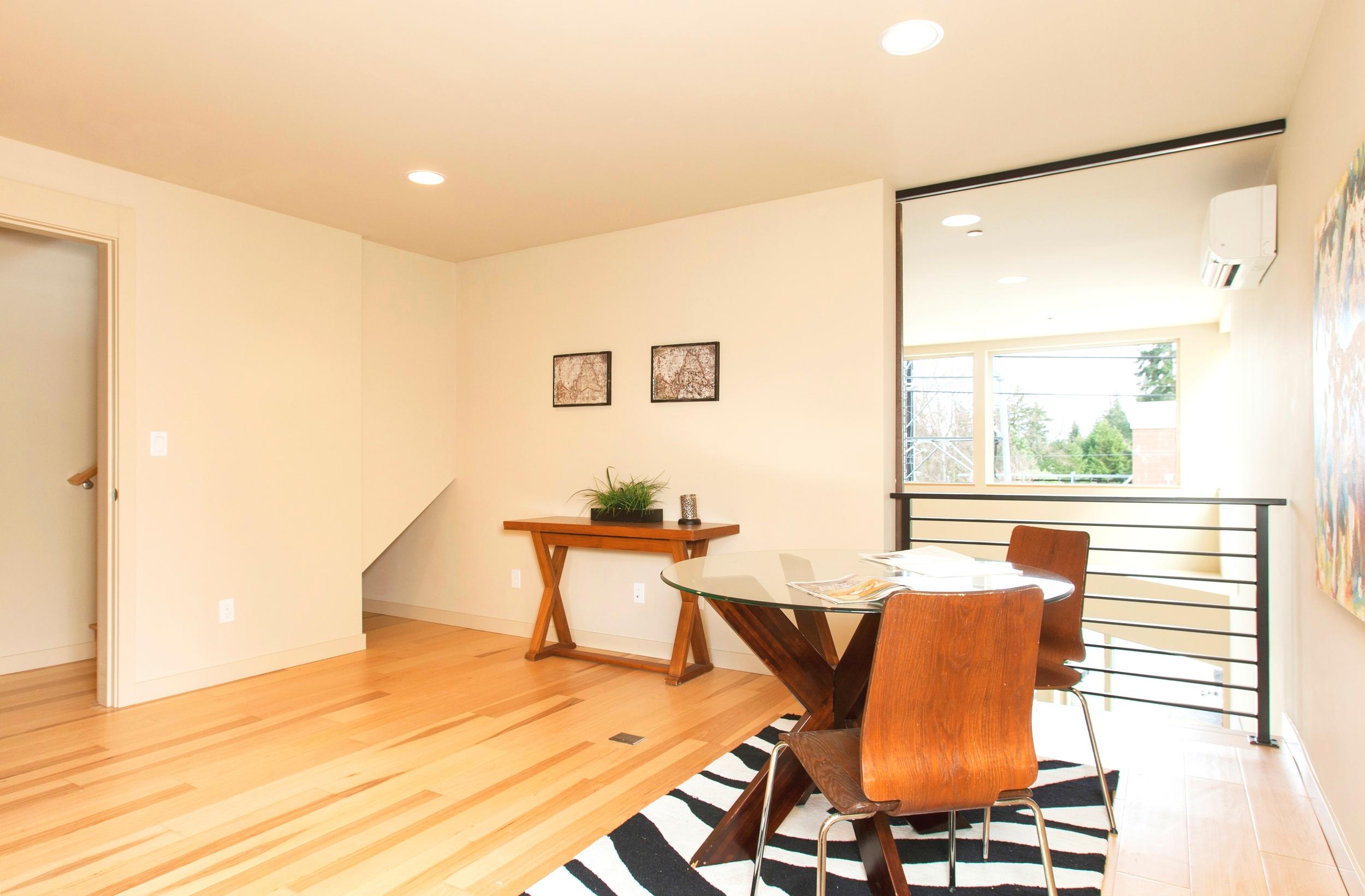 dining room 1-1.jpg