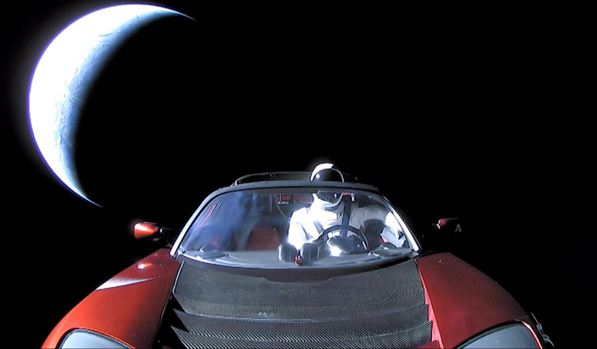spacex-tesla-roadster-starman.jpg