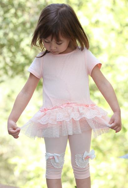 maeli-rose-peach-lace-tunic-capri-set-for-girls_grande.jpg