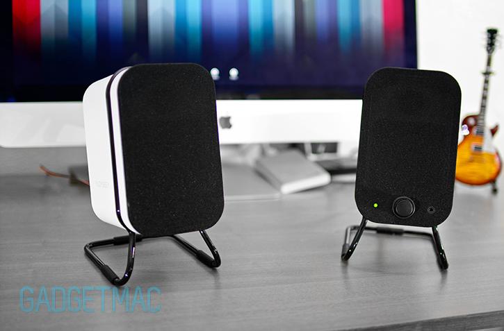 audyssey_wireless_speakers_white_desktop_imac.jpg