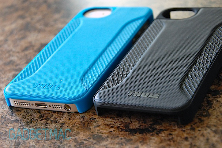thule_eva_iphone_5_case_blue_black.jpg