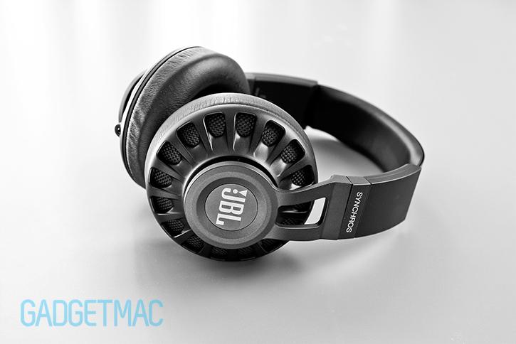 jbl_s700_headphones.jpg