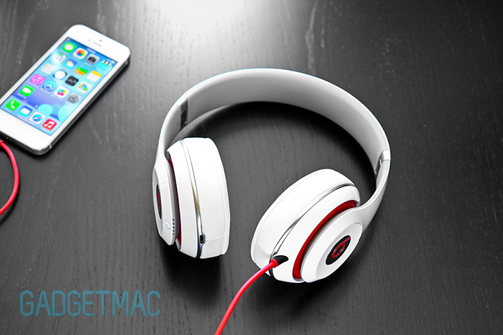 beats_studio_redesigned_headphones_iphone_5_6.jpg