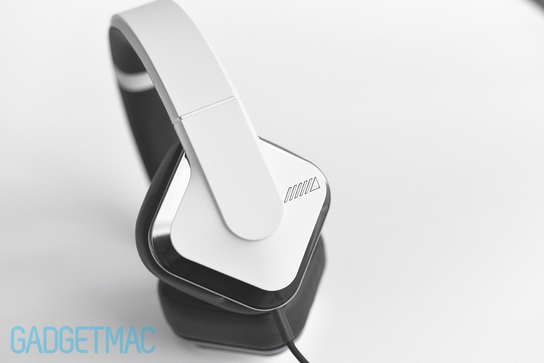 alpine-headphones-1.jpg