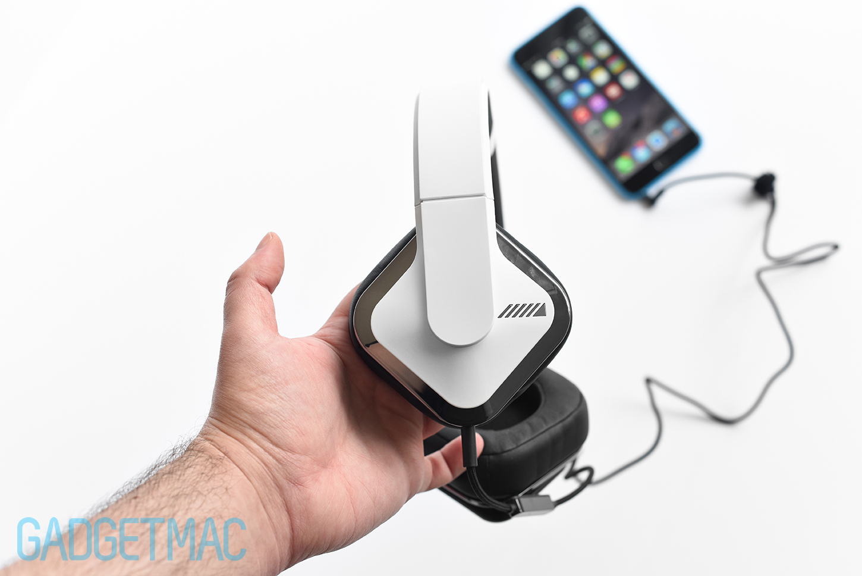 alpine-headphones-side-2.jpg